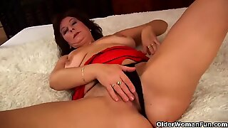 Granny fingers her ass while she gets fucked