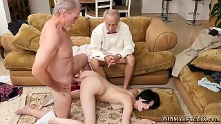 Old mature mom and crony s comrade Frannkie goes down the Hersey highway - Alex Harper