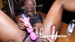 fetish doll loves masterbating with her tight pussy eat that
